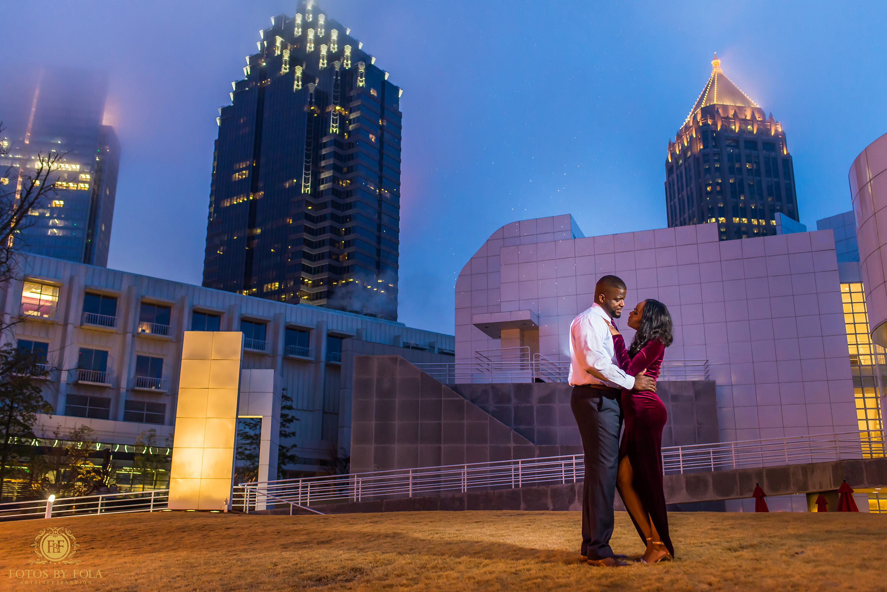 Fotos by Fola | Atlanta Wedding Photographer | One Touch Events | Atlanta Beltline | High Museum Atlanta| Engagement Shoot