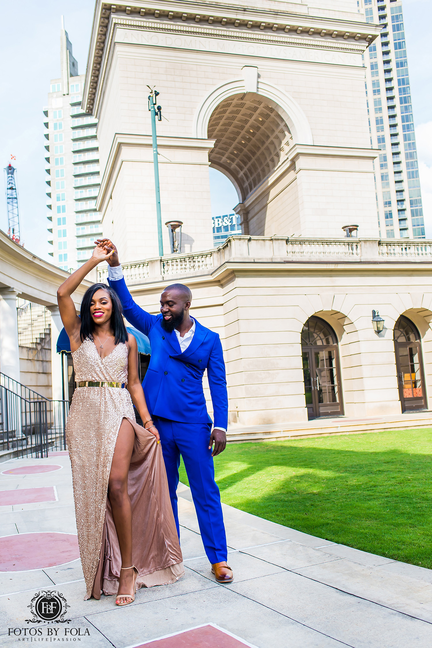 Atlanta Wedding Photographer | Fotos by Fola | Atlantic Station | Water Wall Downtown Atlanta